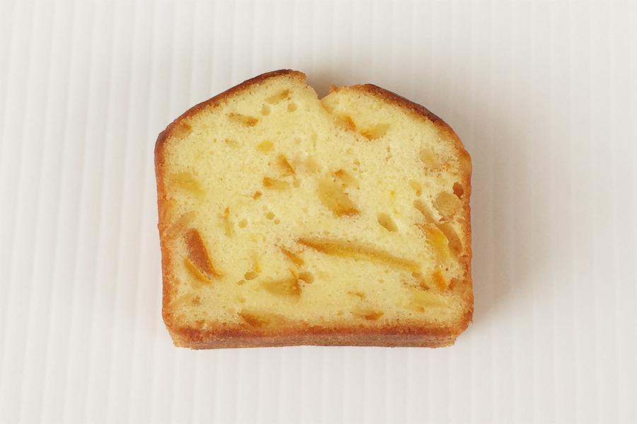 オレンジのカットパウンドケーキの商品写真