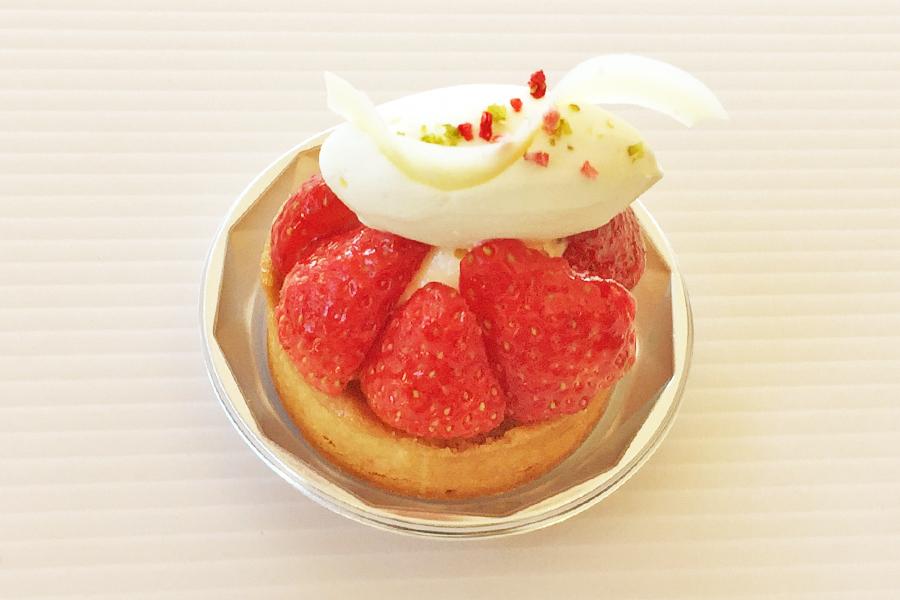 イチゴのタルトレットの商品写真
