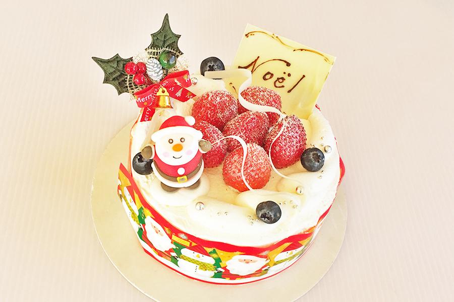 イチゴの生クリームデコレーションの商品写真