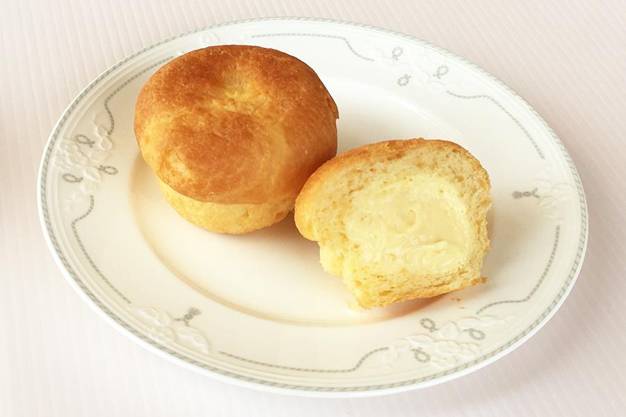 カスタードクリームパンの商品写真