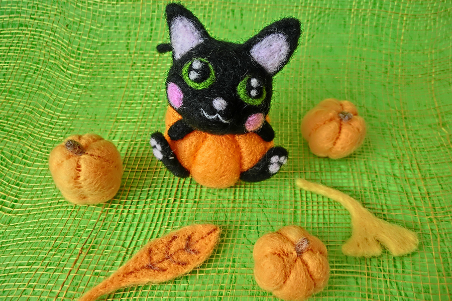 ハロウィンの黒ネコのイメージ写真